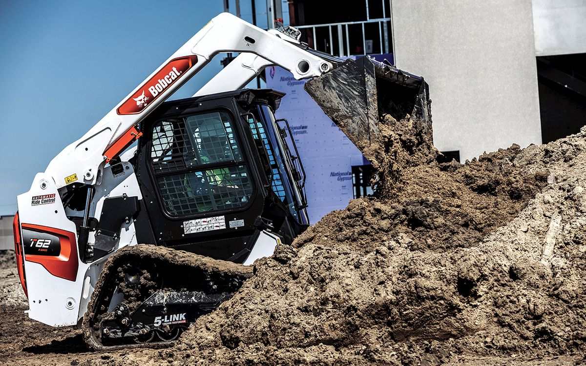 Bobcat Equips New R-Series Loaders With A Redesigned Inline Engine