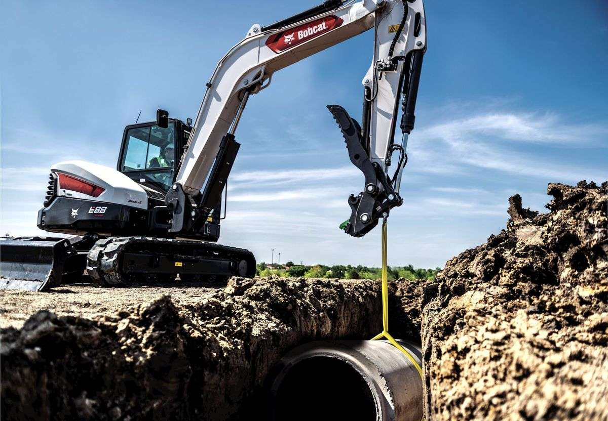 Bobcat Expands Its R2-Series With Versatile New E88 Compact Excavator
