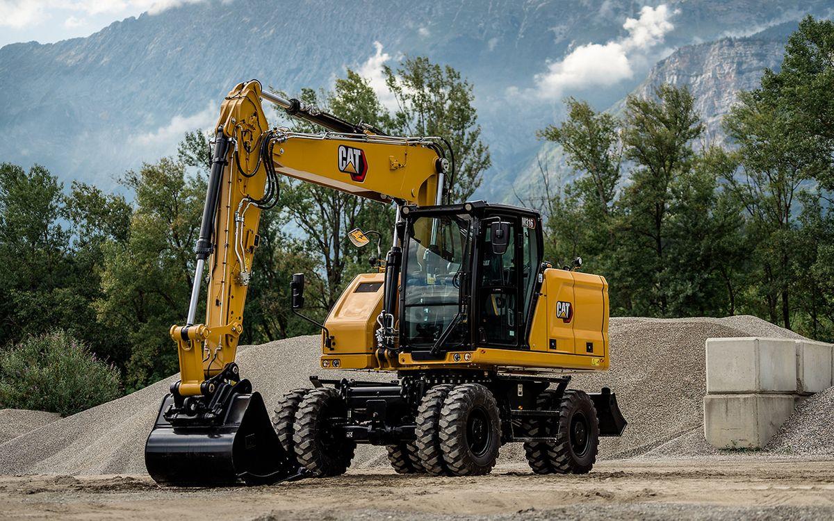 Caterpillar's New Wheeled Excavator Boasts Advanced Hydraulics