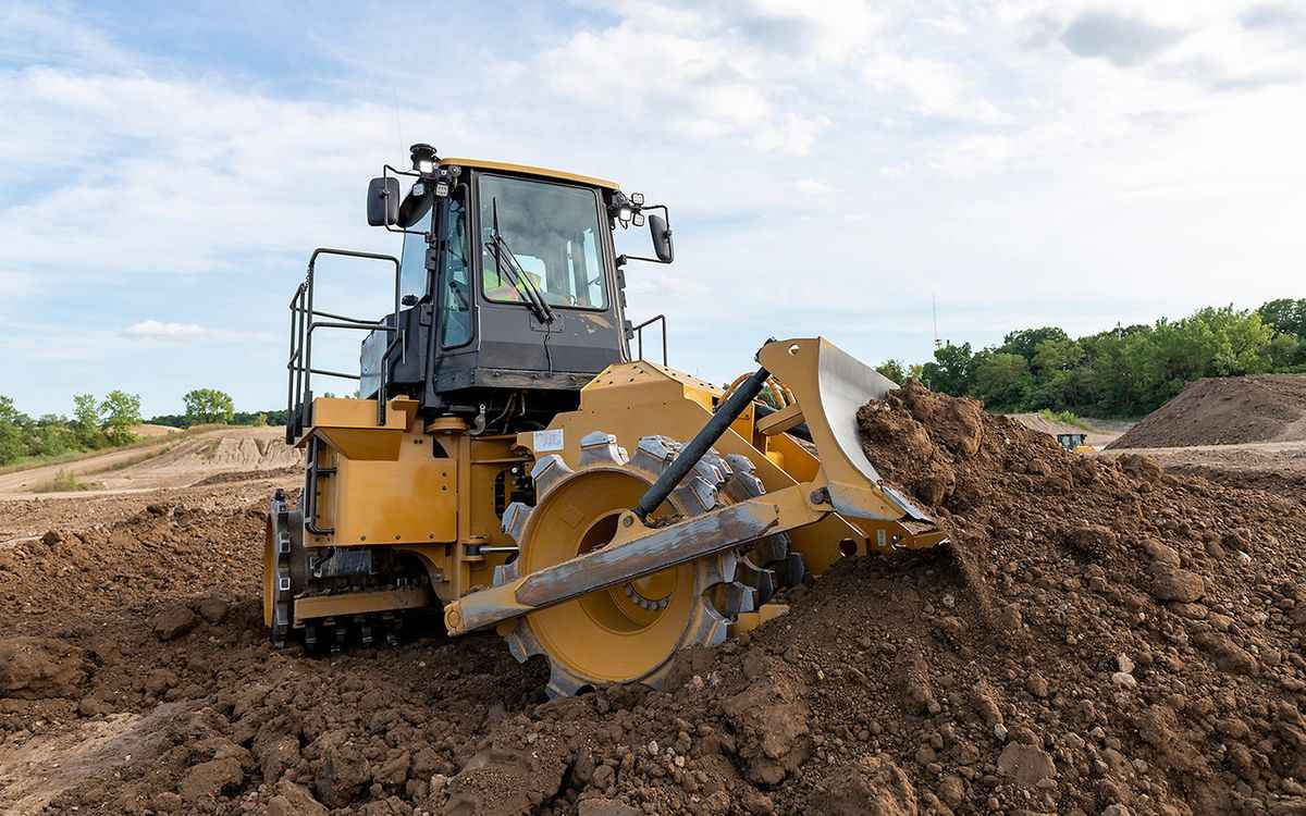 Cat's 815 Soil Compactor Cuts Costs With New Tech
