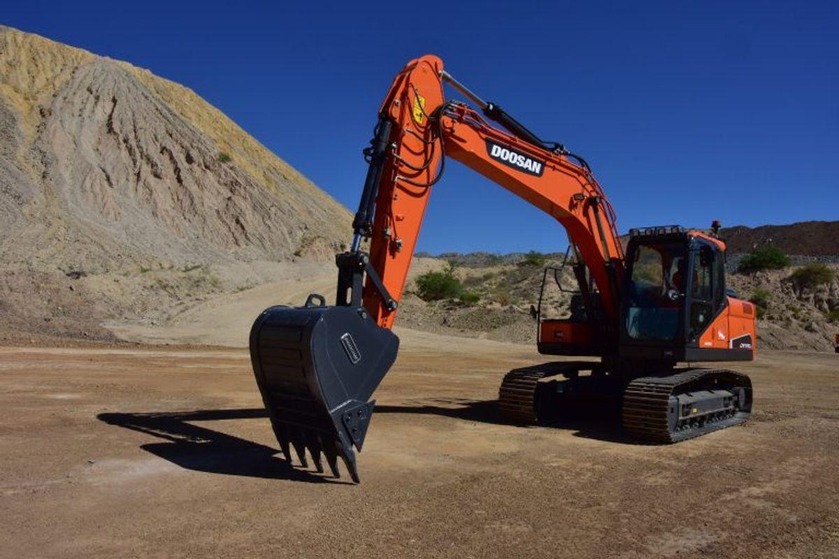 Doosan Intros 19-ton DX170LC-5 Excavator for Easier Transport, High Performance
