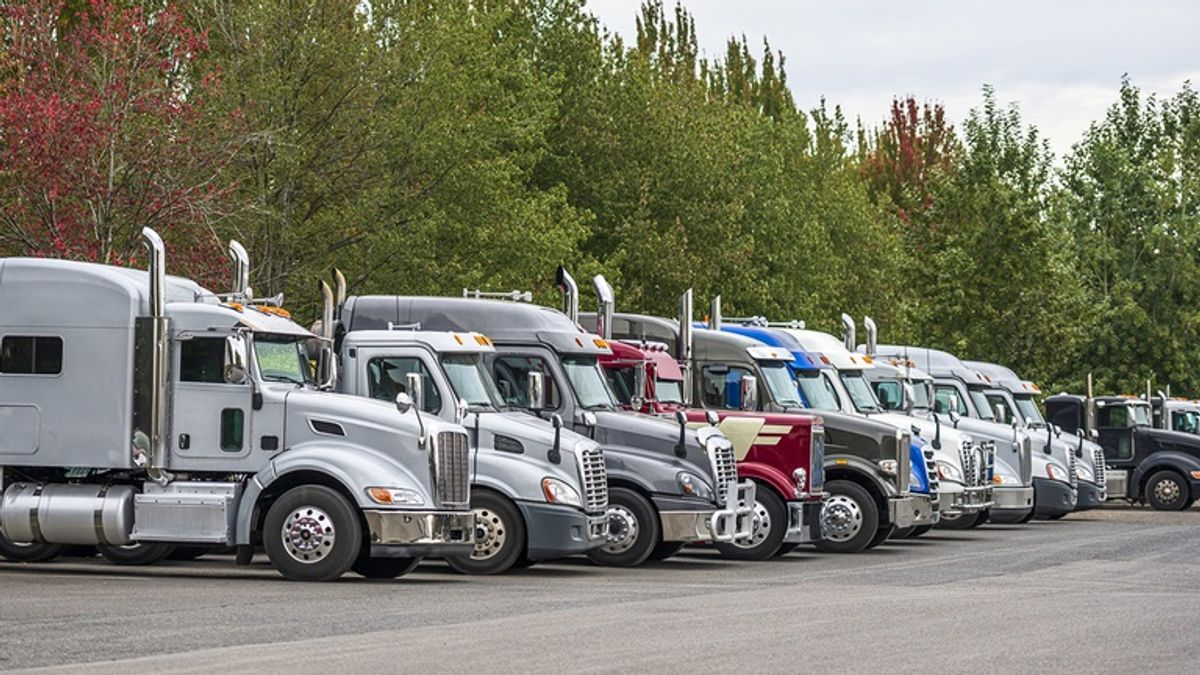 FMCSA Rolls Out New Hours of Service Rules for Truck Drivers