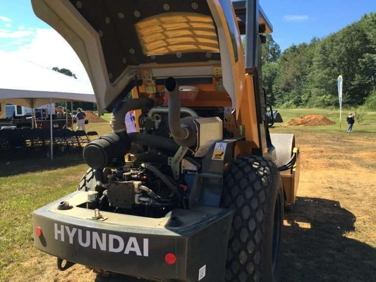 Feds Fine Hyundai $47 Million for Violating Emissions Regs for Construction Equipment