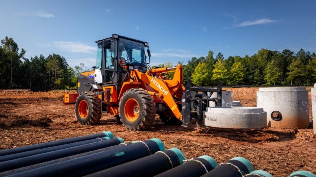 Hitachi Introduces New Compact Wheel Loader To North American Market