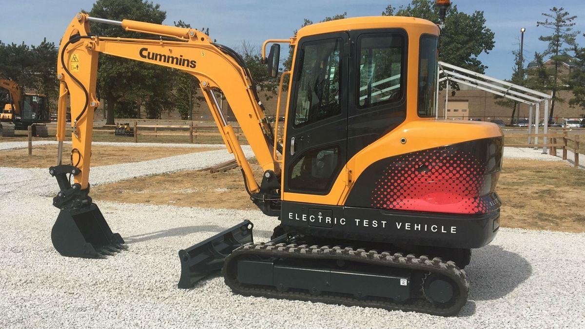 Hyundai Unveils Cummins-Powered Electric Compact Excavator at ICUEE