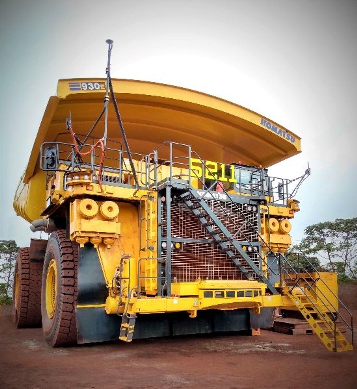 Komatsu Sends 37 Autonomous Trucks to Vale Mine
