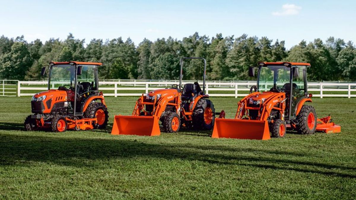 Kubota Introduces New LX Series Crossover Tractor