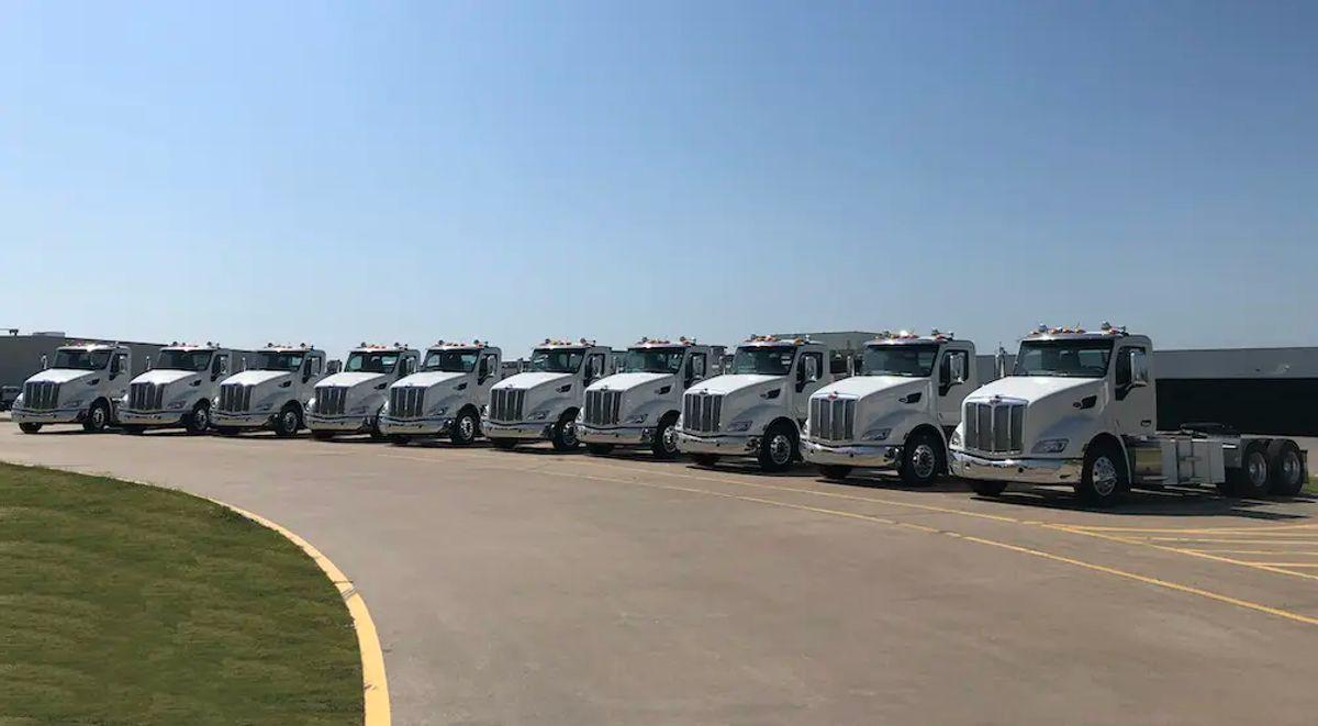 Peterbilt Delivers Electric Trucks in California