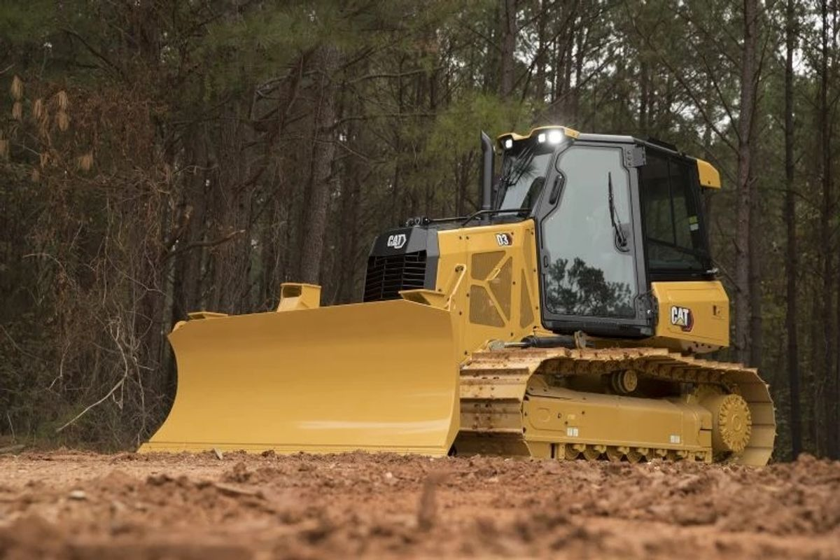 The 2020 Year in Dozers: Cat Dominates With Lineup Revamp, Case Makes Waves With DL550B Dozer Loader
