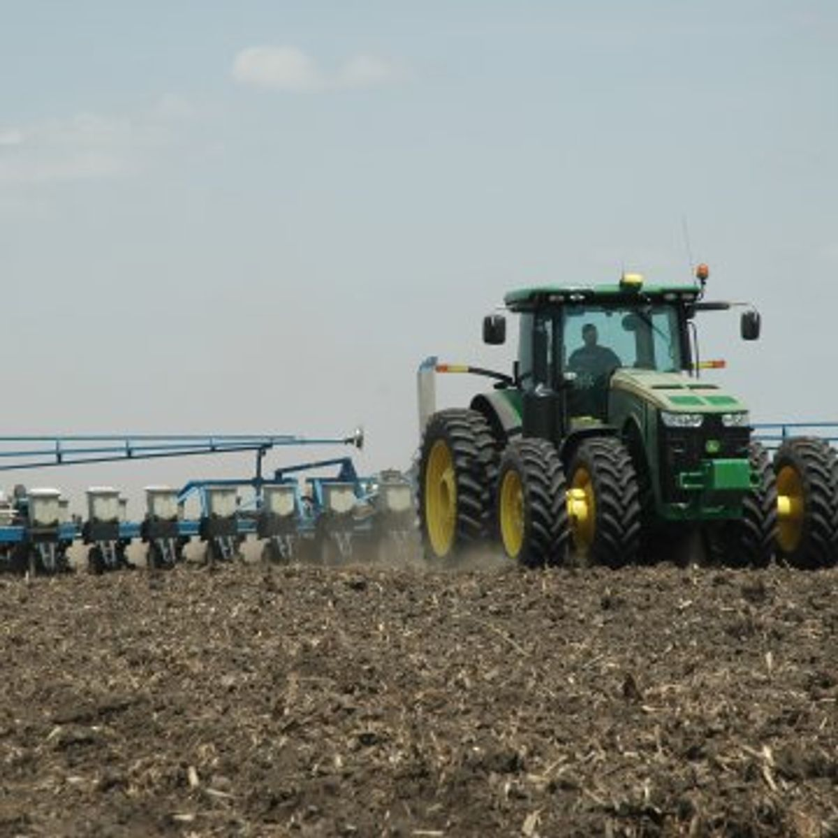 U.S. Corn Planting Pace Picks-Up, Remains Sharply Behind