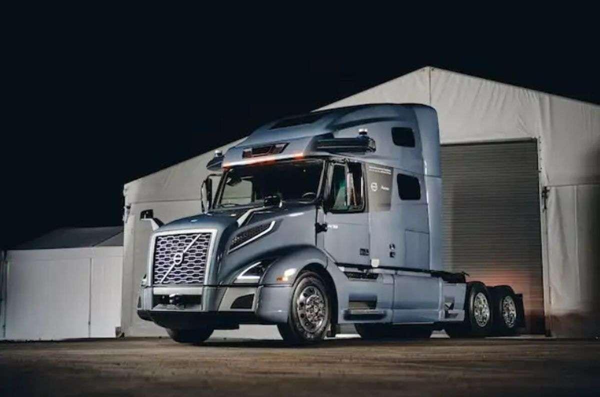Volvo, Aurora Team For Prototype Autonomous Truck