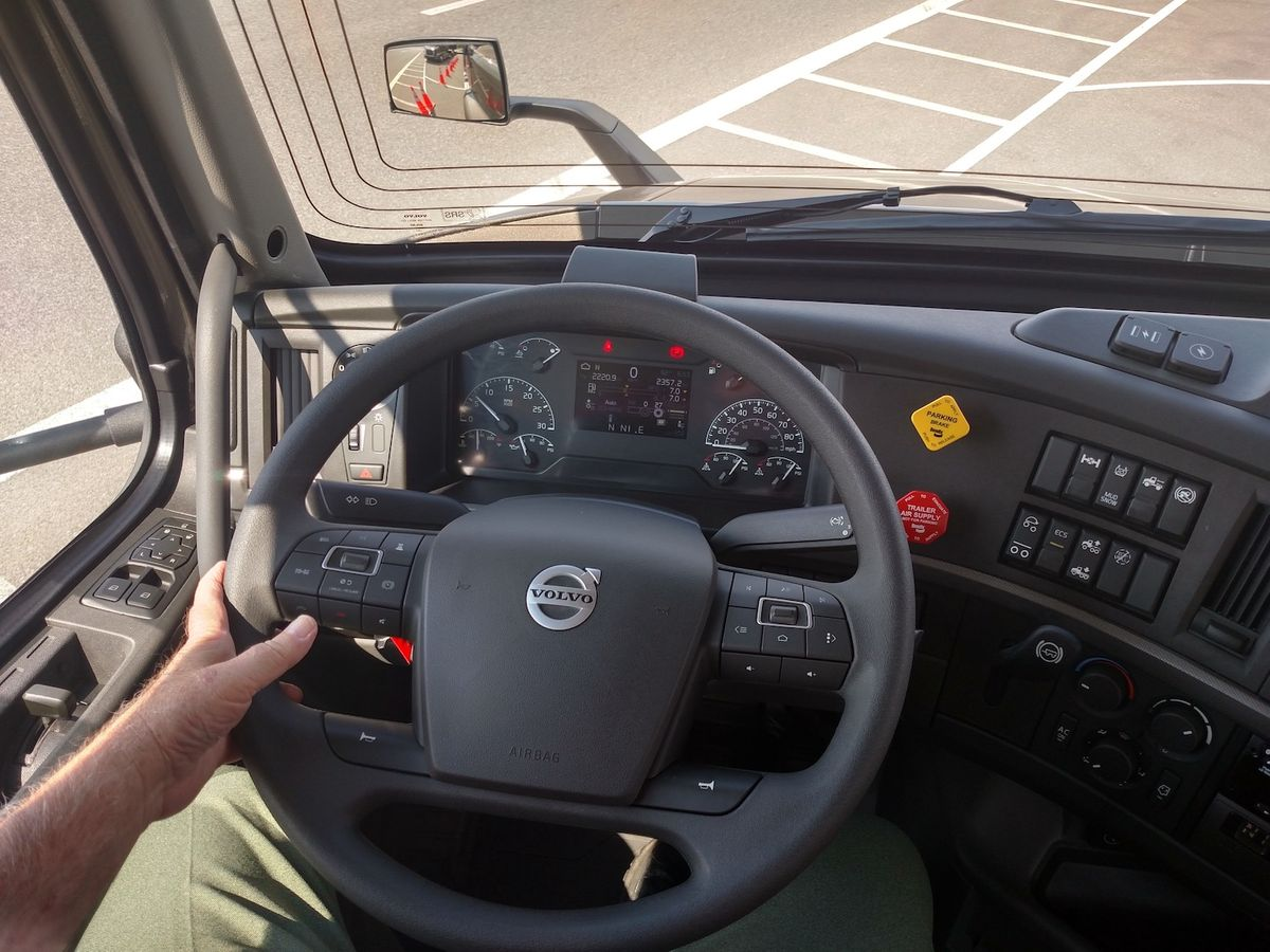 Volvo Dynamic Steering Cuts Effort and Fatigue