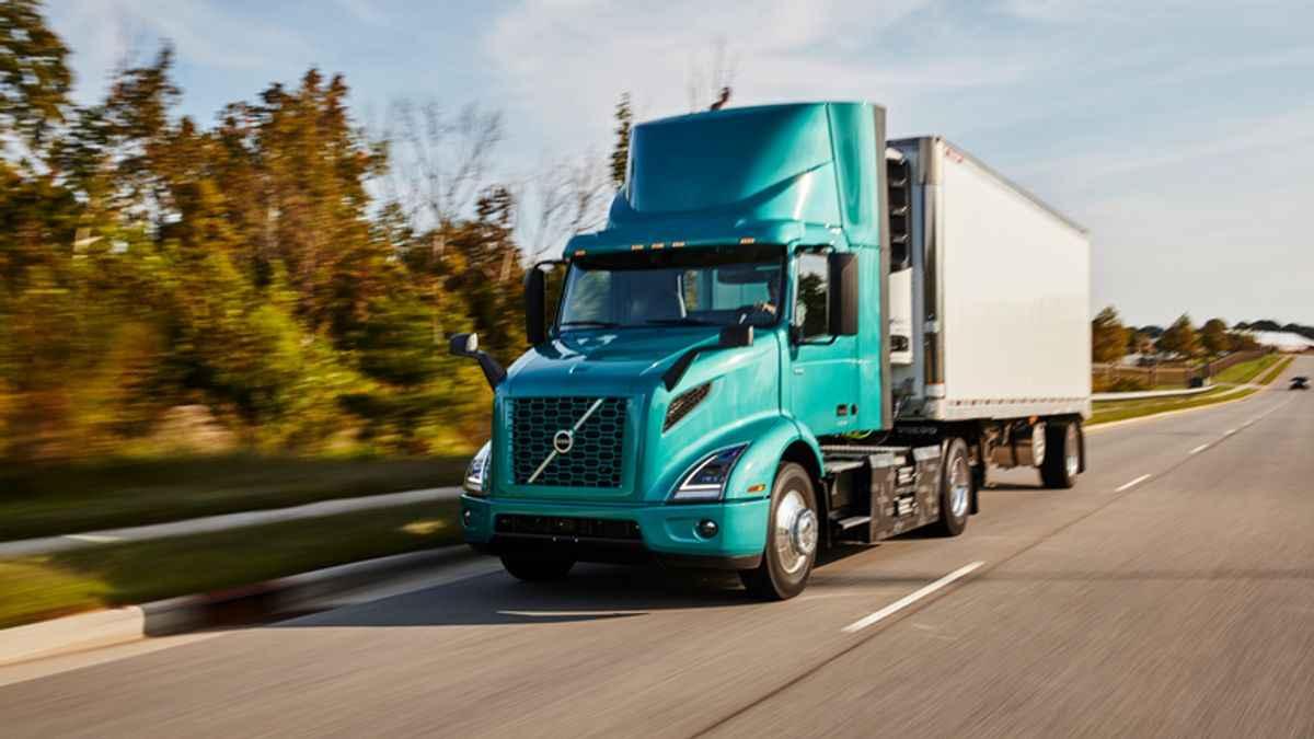 Volvo, Mack Open New Electric Vehicle Training Hub