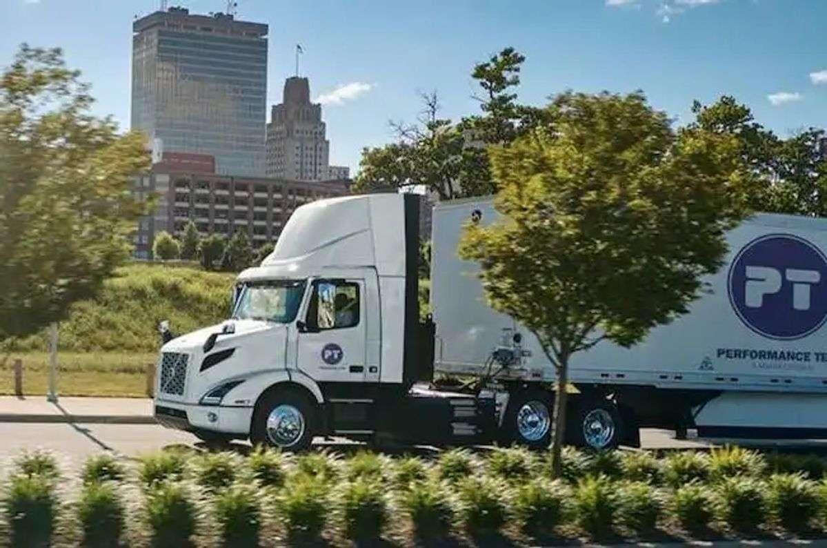 Volvo Trucks Scores Order For 16 EV Trucks