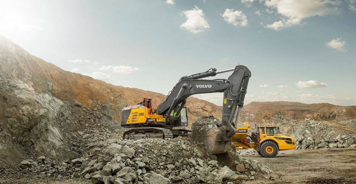Volvo's Largest Excavator Now Available in North America